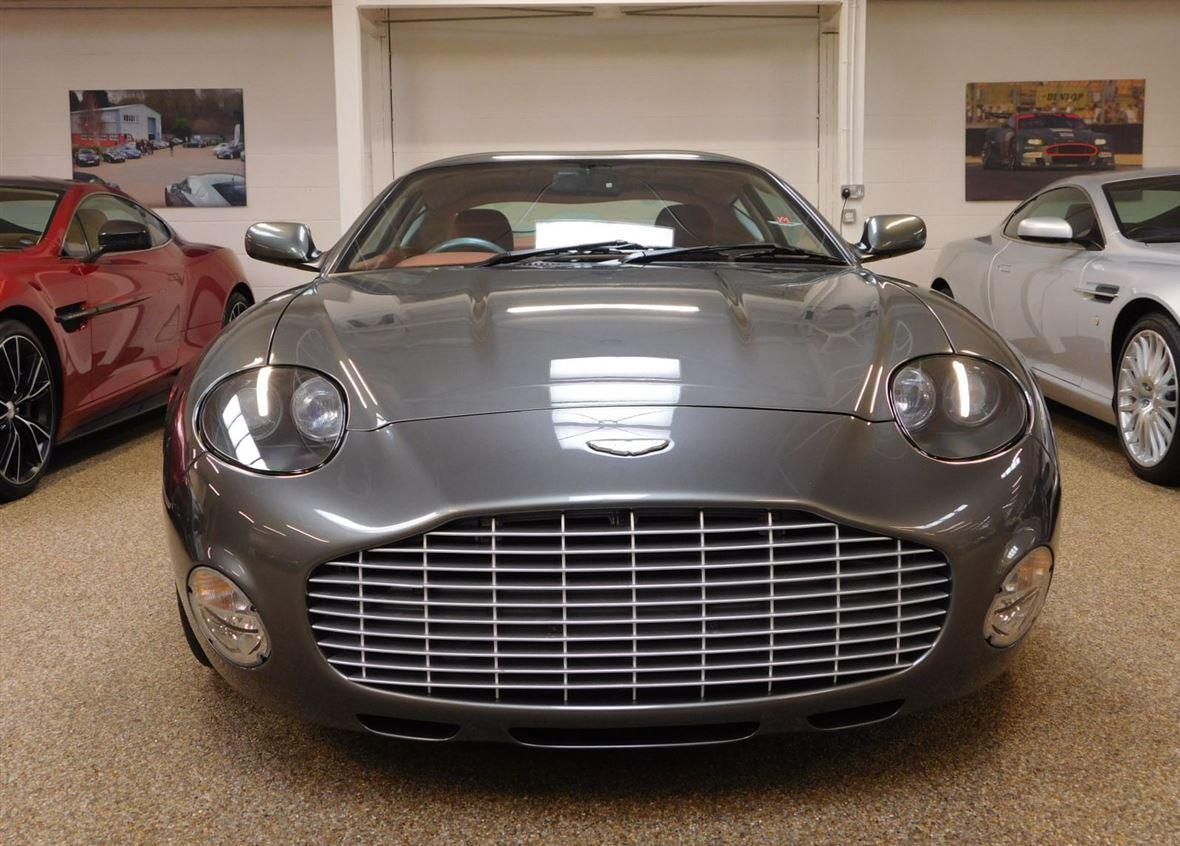 Aston Martin DB7 Zagato-4