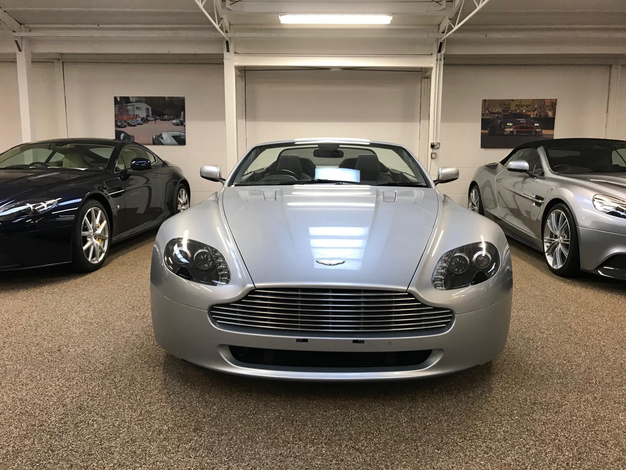 Used Aston Martin V8 Vantage Roadster