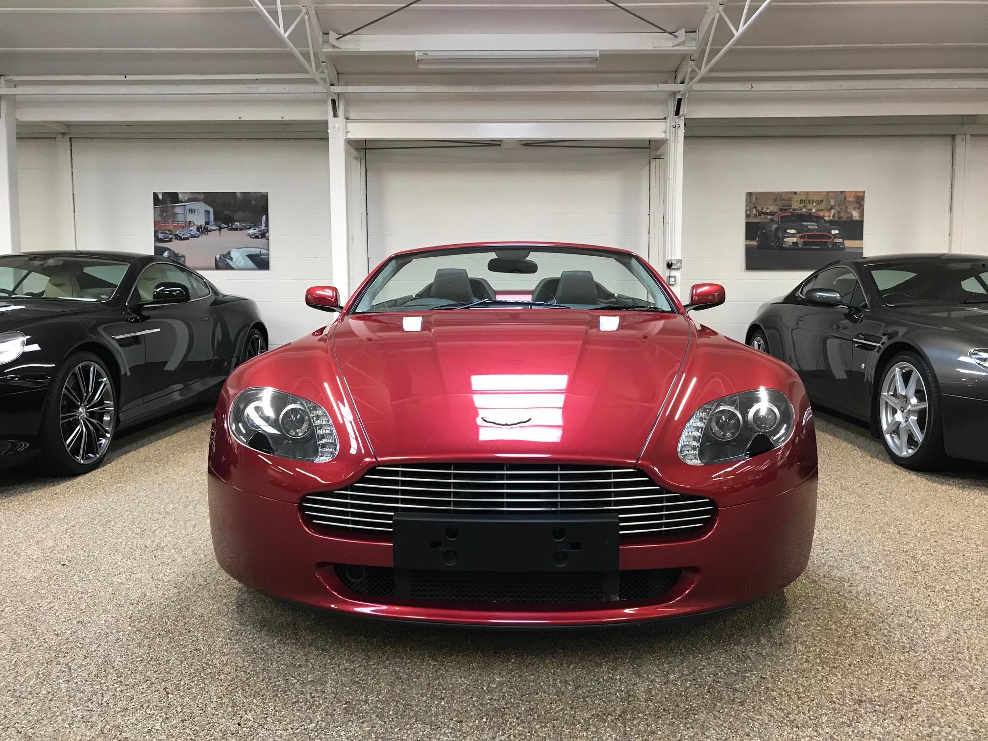 Used Aston Martin V8 Roadster for sale