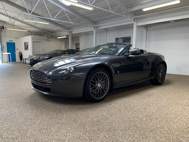 Aston Martin V8 Vantage Roadster for sale
