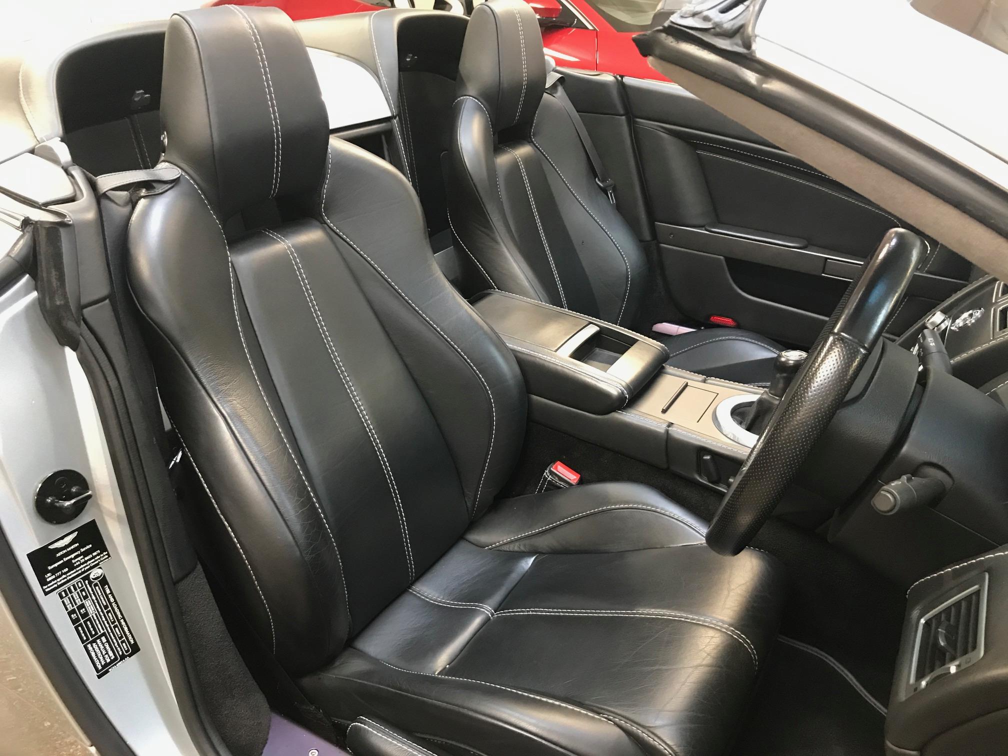 Used Aston Martin Vantage Roadster For sale