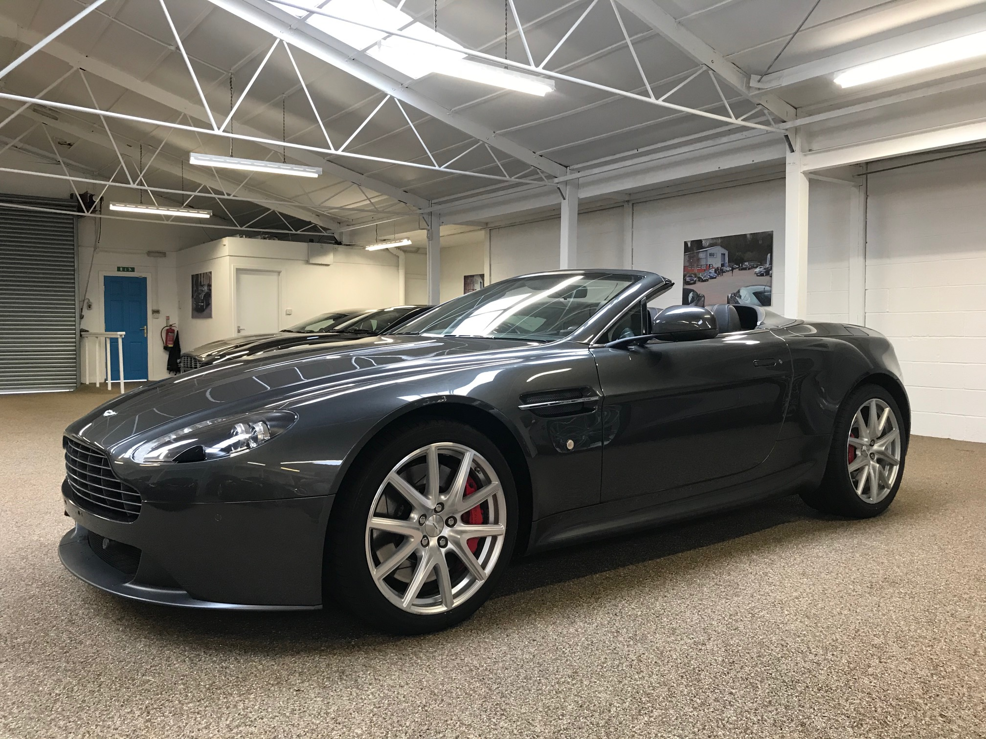 Aston Martin Vantage Roadster for sale